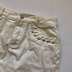 Honey Punch White Denim Skirt - small